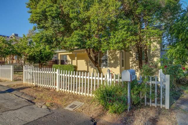 1824 Grace Ave, Redding, CA 96001 (#21-2102) :: Vista Real Estate