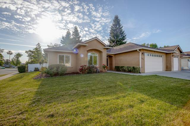3521 Laramie St, Redding, CA 96002 (#21-2117) :: Wise House Realty