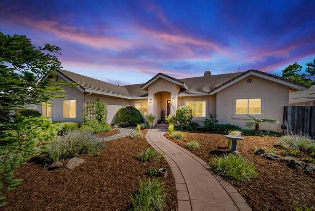 19371 Lexington Ln, Redding, CA 96003 (#21-2143) :: Coldwell Banker C&C Properties