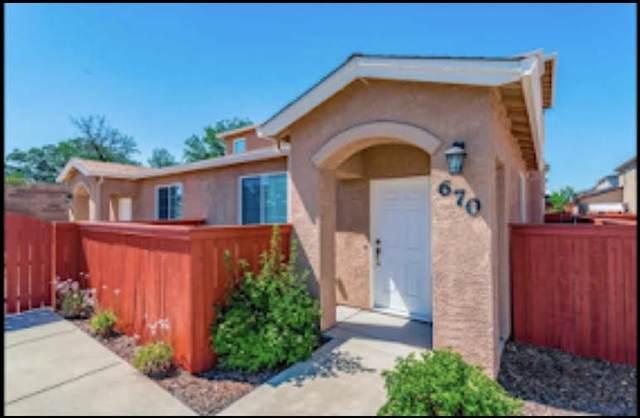 670 Mission De Oro Dr, Redding, CA 96003 (#21-2154) :: Real Living Real Estate Professionals, Inc.