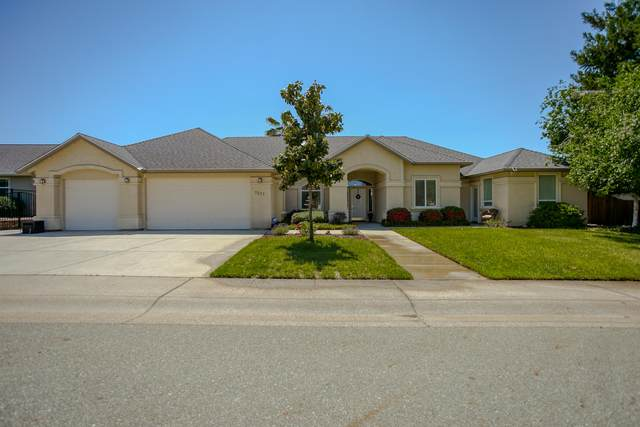 1527 Gold Hills Dr, Redding, CA 96003 (#21-2237) :: Waterman Real Estate