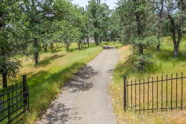 24244 Shirley Dr, Bella Vista, CA 96008 (#21-2243) :: Coldwell Banker C&C Properties