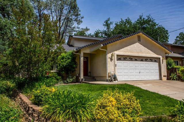 3733 Laurel St, Shasta Lake, CA 96019 (#21-2248) :: Wise House Realty