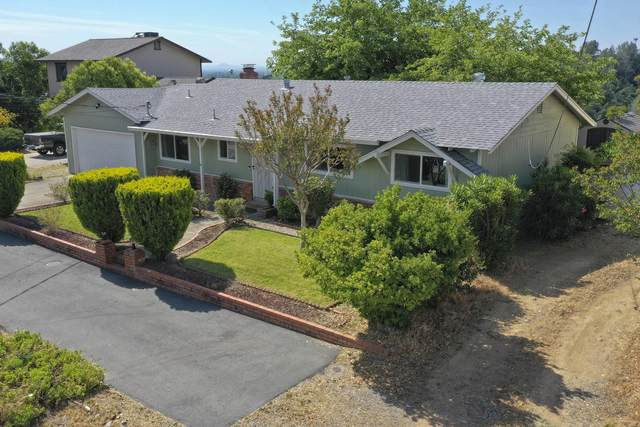 1935 Riviera Dr, Redding, CA 96001 (#21-2277) :: Wise House Realty