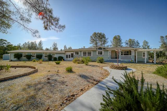 6208 Snowpeak Dr, Anderson, CA 96007 (#21-2280) :: Waterman Real Estate