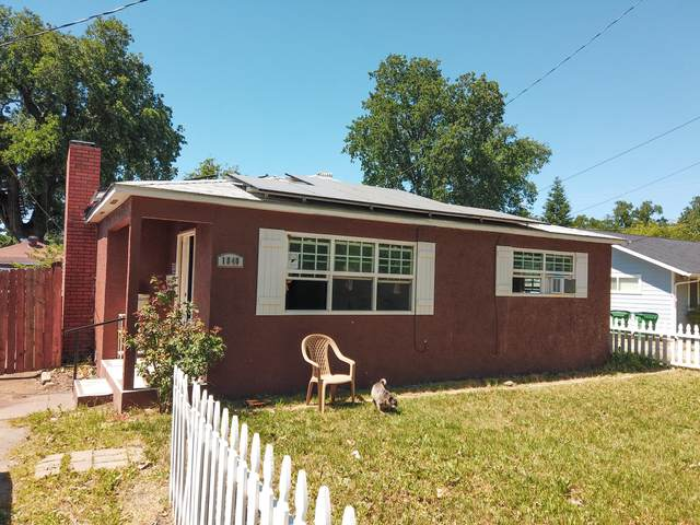 1840 Ferry St, Anderson, CA 96007 (#21-2293) :: Real Living Real Estate Professionals, Inc.