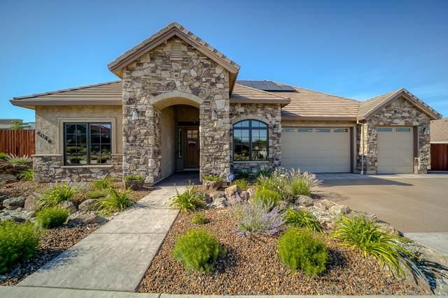 4046 Haleakala Ave, Redding, CA 96001 (#21-2295) :: Real Living Real Estate Professionals, Inc.