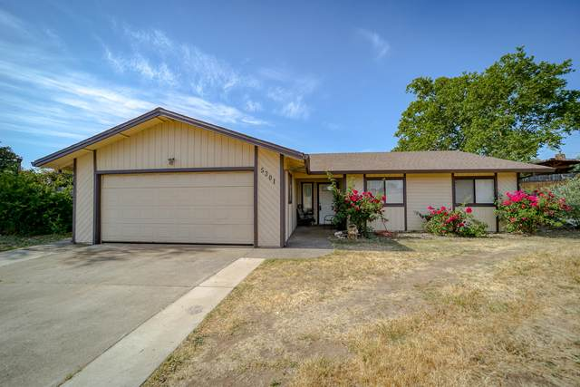 5301 Valleyridge Dr, Redding, CA 96003 (#21-2313) :: Wise House Realty