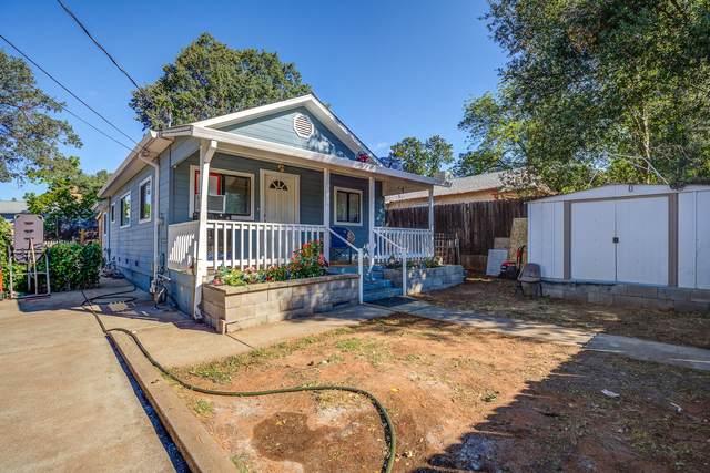 1928 Shasta St, Shasta Lake, CA 96019 (#21-2400) :: Real Living Real Estate Professionals, Inc.