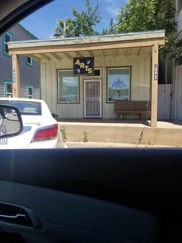 20840 Front St, Cottonwood, CA 96022 (#21-2517) :: Vista Real Estate