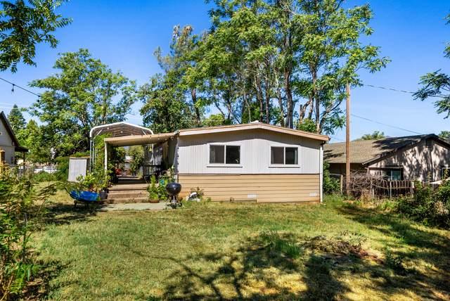 1985 Montana Ave, Shasta Lake, CA 96019 (#21-2541) :: Real Living Real Estate Professionals, Inc.