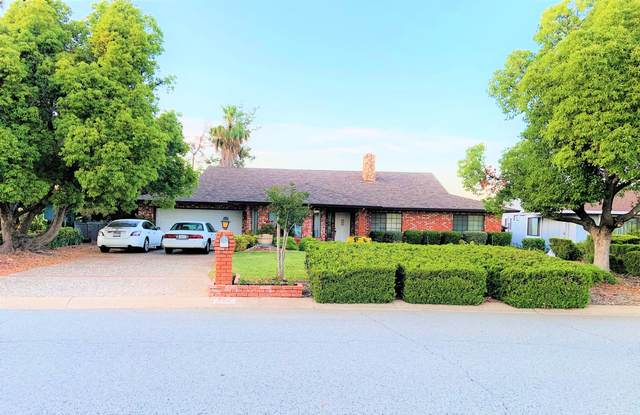 694 Collyer Dr, Redding, CA 96003 (#21-2651) :: Real Living Real Estate Professionals, Inc.