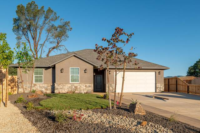 1378-1382 Bonhurst Dr, Redding, CA 96003 (#21-2693) :: Real Living Real Estate Professionals, Inc.