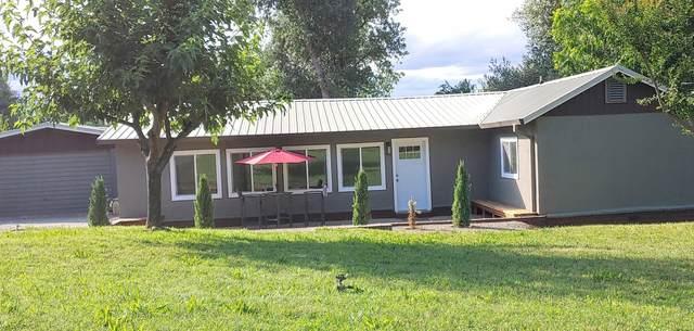 3465 Beacon Dr, Anderson, CA 96007 (#21-2712) :: Vista Real Estate