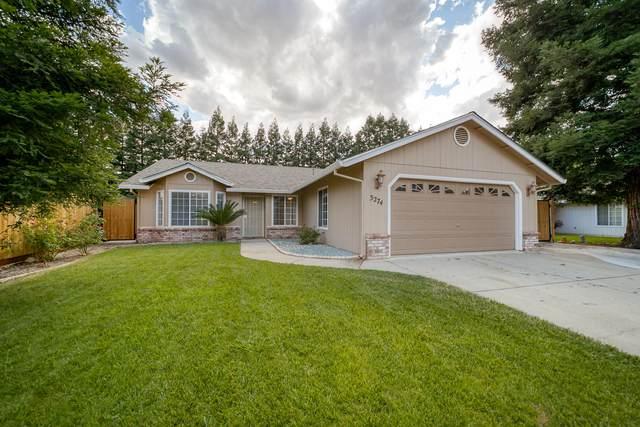3274 Forest Homes Dr, Redding, CA 96002 (#21-2723) :: Vista Real Estate