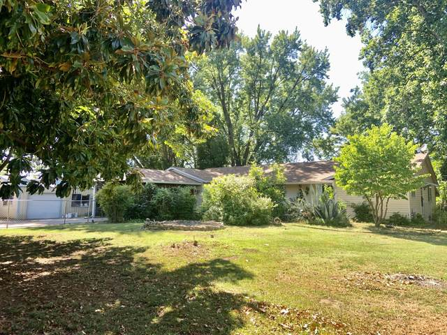 20828 Dodson Ln, Anderson, CA 96007 (#21-2804) :: Real Living Real Estate Professionals, Inc.