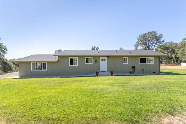 21105 Scheer Dr, Redding, CA 96002 (#21-2851) :: Real Living Real Estate Professionals, Inc.