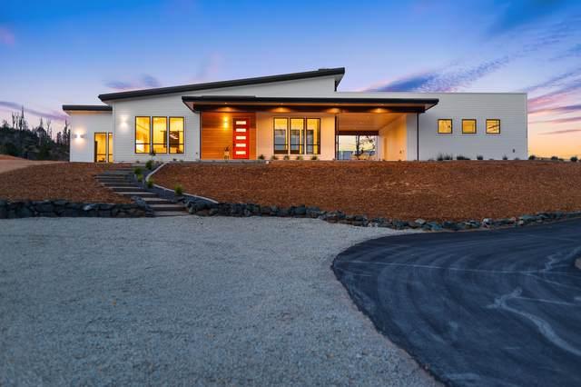 10179 Sandy Ln, Redding, CA 96001 (#21-2860) :: Waterman Real Estate