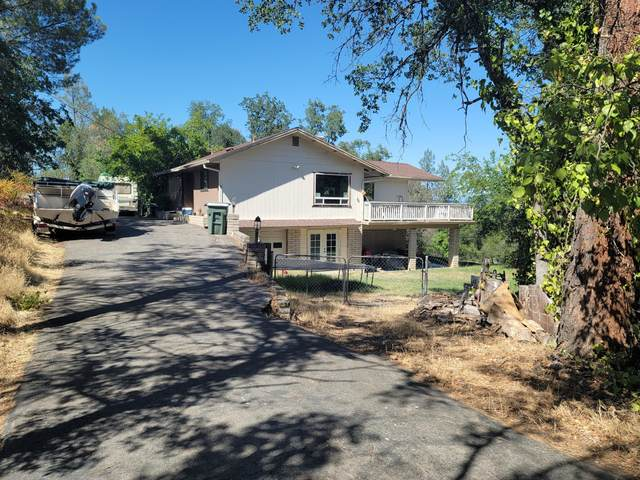 8651 Valley View, Redding, CA 96001 (#21-2867) :: Real Living Real Estate Professionals, Inc.