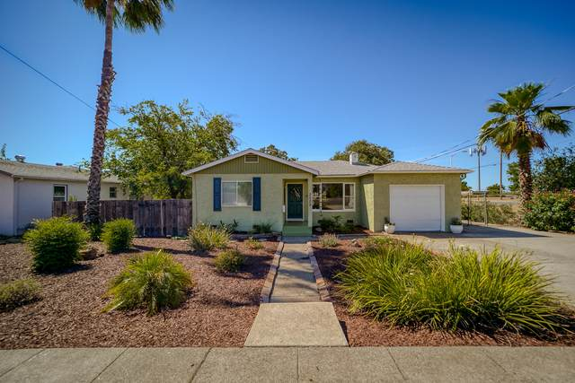 2529 Placer St, Redding, CA 96001 (#21-2869) :: Real Living Real Estate Professionals, Inc.