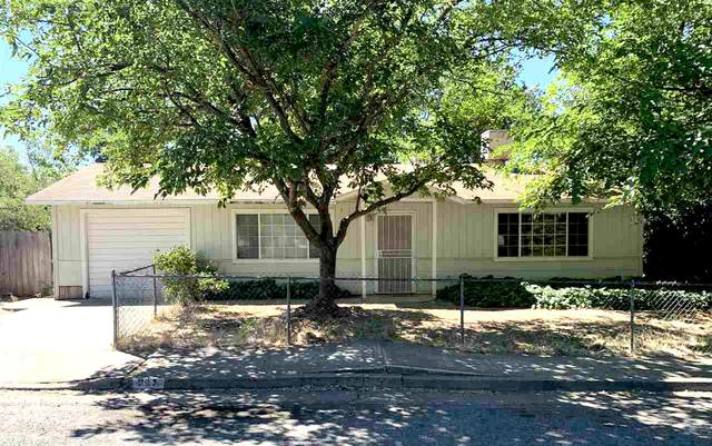 945 Aloha St, Red Bluff, CA 96080 (#21-2870) :: Real Living Real Estate Professionals, Inc.