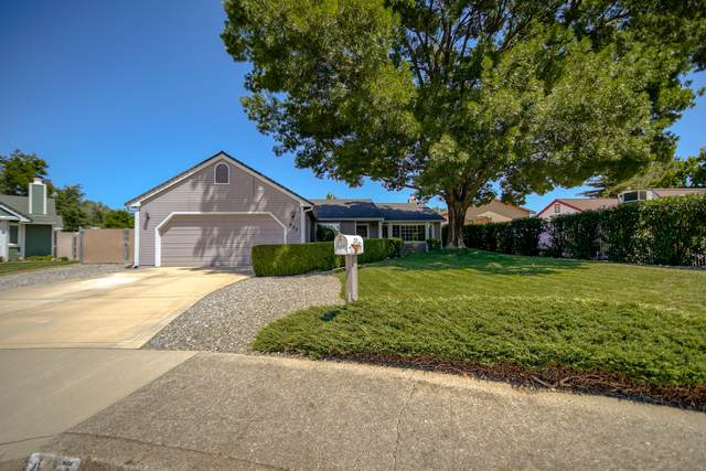 437 Marble Ct, Redding, CA 96003 (#21-2871) :: Real Living Real Estate Professionals, Inc.