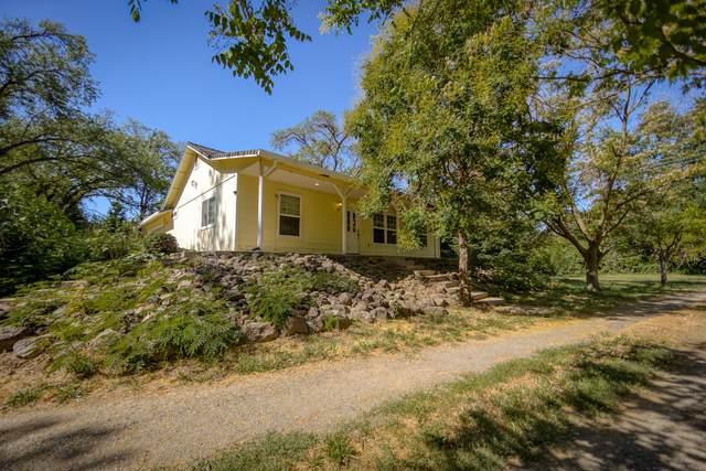 5423 Deschutes Rd, Anderson, CA 96007 (#21-2875) :: Waterman Real Estate