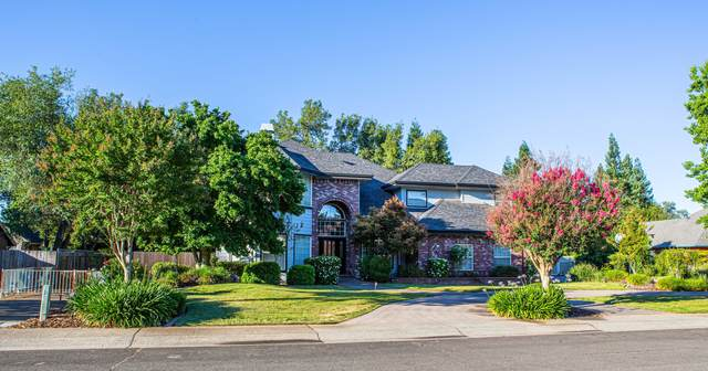 4377 Brittany Dr, Redding, CA 96002 (#21-2882) :: Real Living Real Estate Professionals, Inc.