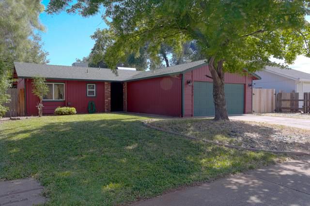 1941 Galaxy Way, Redding, CA 96002 (#21-2885) :: Real Living Real Estate Professionals, Inc.