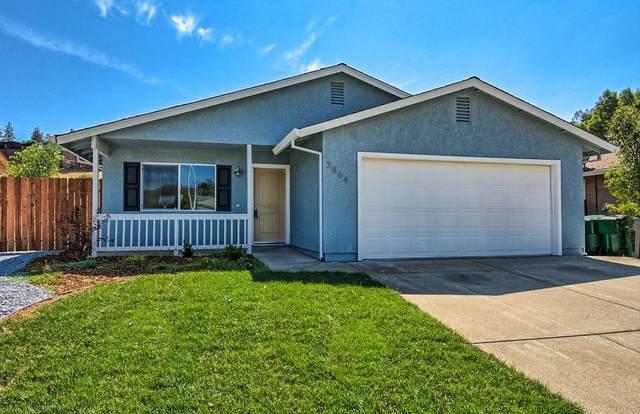 3864 Wellington Pl, Shasta Lake, CA 96019 (#21-2893) :: Waterman Real Estate