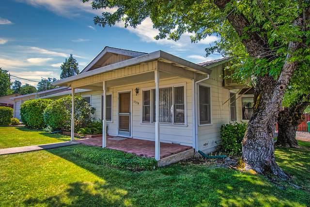 17779 Pine Ave, Shasta Lake, CA 96019 (#21-2906) :: Waterman Real Estate