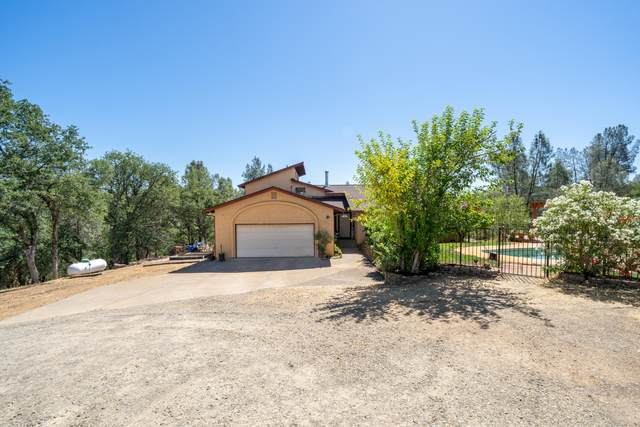 17132 Blue Horse Rd, Anderson, CA 96007 (#21-2986) :: Waterman Real Estate