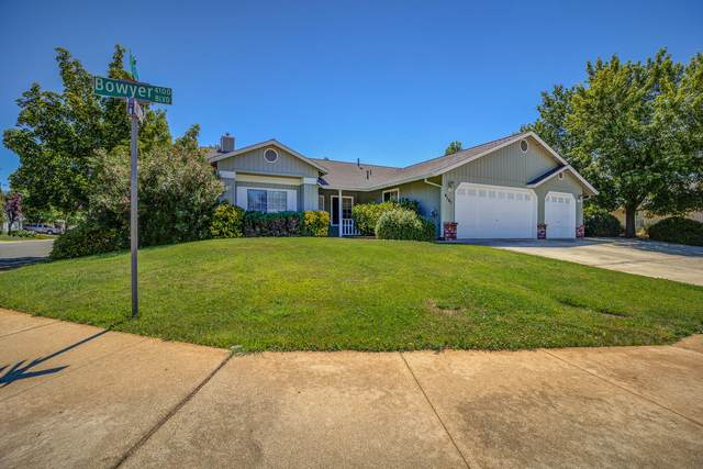 4161 Bowyer Blvd, Redding, CA 96002 (#21-2995) :: Real Living Real Estate Professionals, Inc.