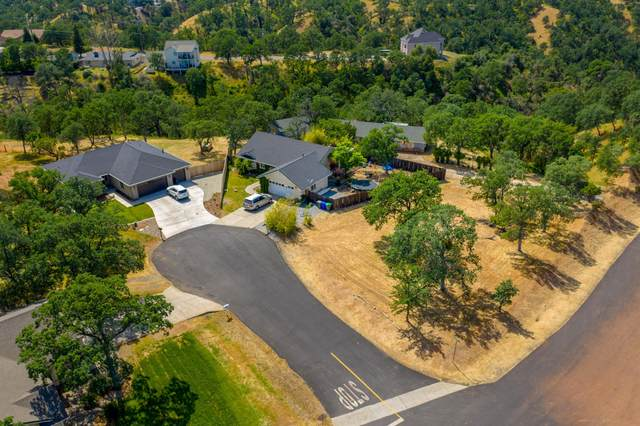 22406 Plumas Pl, Cottonwood, CA 96022 (#21-325) :: Vista Real Estate