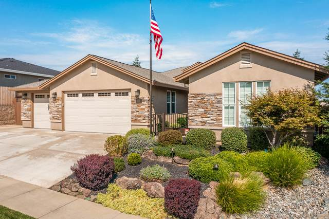 320 Stinson Loop, Redding, CA 96003 (#21-3466) :: Vista Real Estate