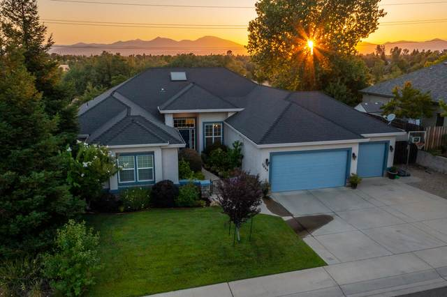 3668 Deuce Way, Redding, CA 96002 (#21-3486) :: Wise House Realty
