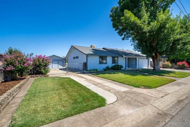 19556 Medo Vale Ln, Redding, CA 96002 (#21-3503) :: Vista Real Estate