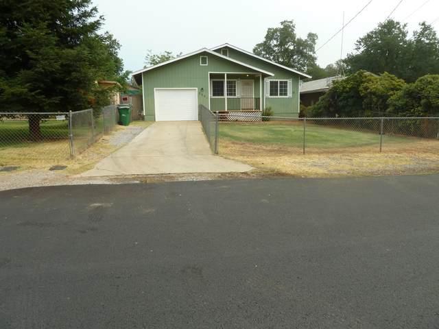 3961 La Mesa Ave, Shasta Lake, CA 96019 (#21-3517) :: Vista Real Estate