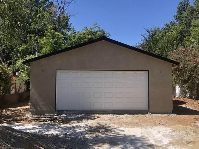 505 Smile Pl, Redding, CA 96001 (#21-3530) :: Waterman Real Estate