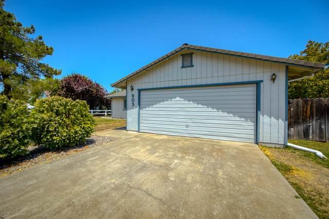 903 Partridge Dr, Redding, CA 96003 (#21-3549) :: Waterman Real Estate