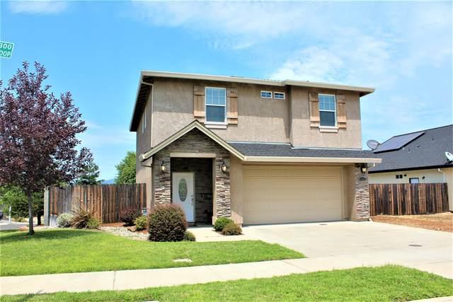 300 Stinson Loop, Redding, CA 96003 (#21-3553) :: Waterman Real Estate