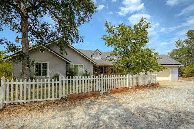13225 Opal Way, Redding, CA 96003 (#21-3570) :: Vista Real Estate