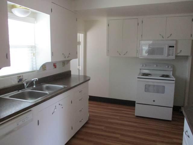 2721 Irwin Rd, Redding, CA 96002 (#21-3575) :: Real Living Real Estate Professionals, Inc.
