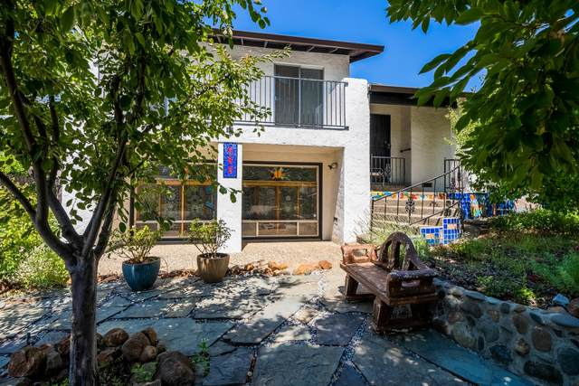 680 Estate St, Redding, CA 96002 (#21-3579) :: Wise House Realty