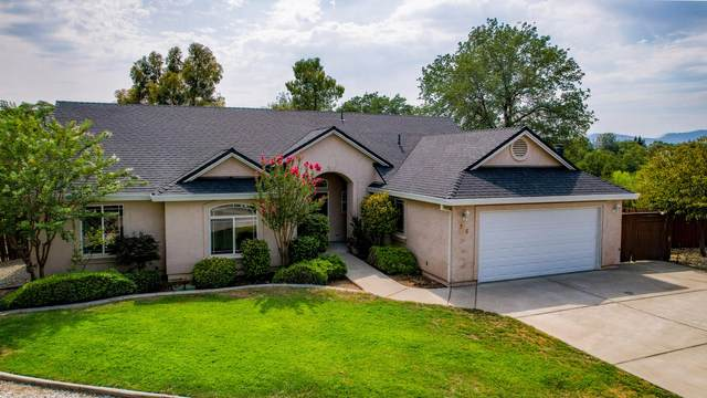 826 Rincon Way, Redding, CA 96003 (#21-3597) :: Wise House Realty