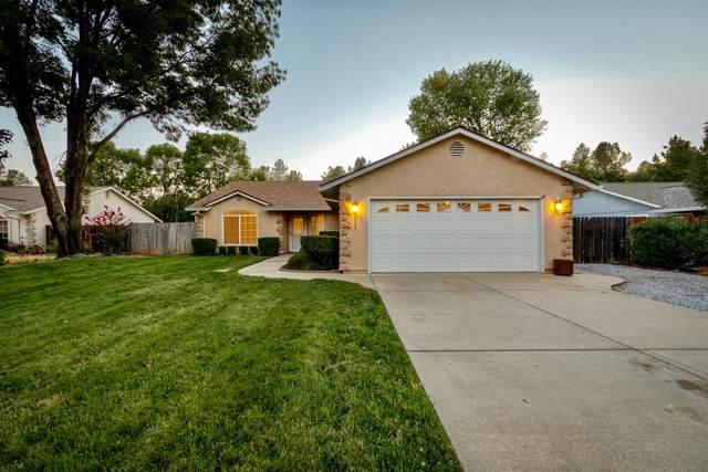 812 Fountain Cir, Redding, CA 96003 (#21-3619) :: Wise House Realty