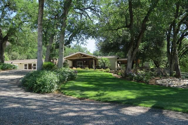 20000 Broken Spoke Ln, Redding, CA 96003 (#21-3660) :: Real Living Real Estate Professionals, Inc.
