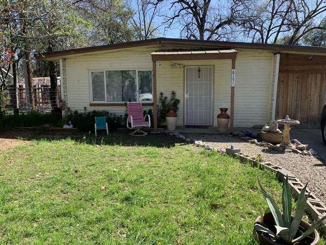 6151 Emerald Ln, Redding, CA 96001 (#21-3677) :: Real Living Real Estate Professionals, Inc.