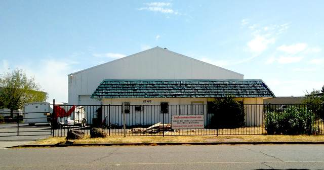 1345 Vista Way, Red Bluff, CA 96080 (#21-3692) :: Real Living Real Estate Professionals, Inc.