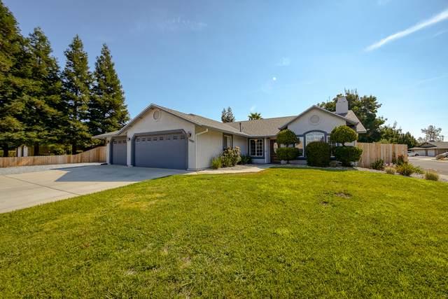 3985 Meadow Oak Way, Redding, CA 96002 (#21-3706) :: Wise House Realty